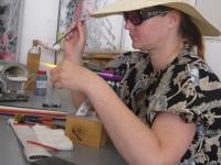 Petra-Bric-je-izdelovala-benecanske-kroglice-za-koralde-Custom